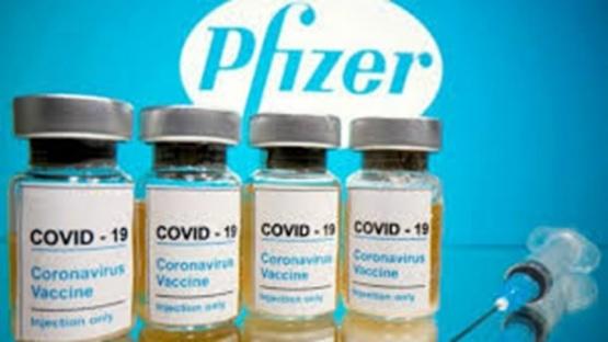 Pfizer confirmó que vacunará a un grupo de argentinos