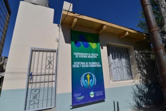 Maderna entregó dos nuevos mejoramientos habitacionales