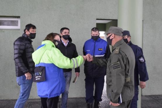 Seguridad Vial entregó folletería en Güer Aike