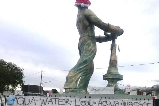 Caleta Olivia| En plena pandemia: marcha, reclamo y tener que pagar por el agua