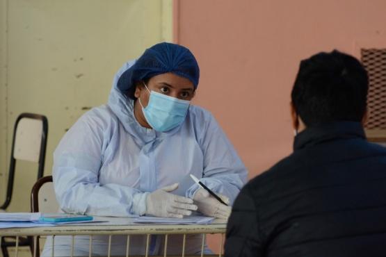 Santa Cruz  Recomiendan realizar hisopado COVID ante el primer síntoma