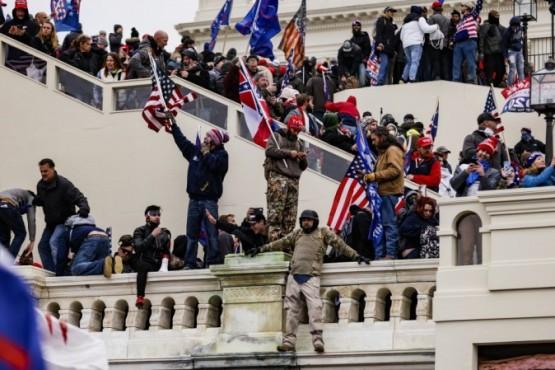 La irrupción de simpatizantes de Trump en el Capitolio de Estados Unidos dejó el saldo de 4 muertos