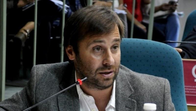 Daniel Roquel.
