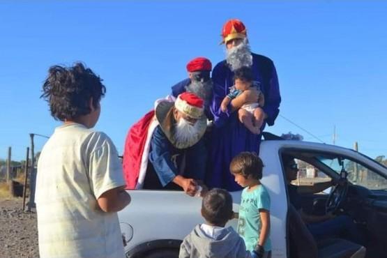 Trelew| La JPRO se sumó a la tarde solidaria de Reyes