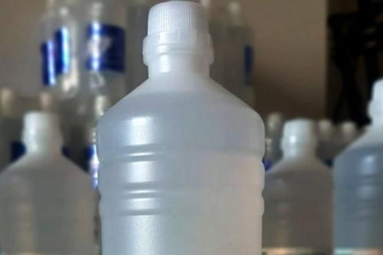 La Anmat prohibió un alcohol en gel y uno líquido que se vendían por redes sociales