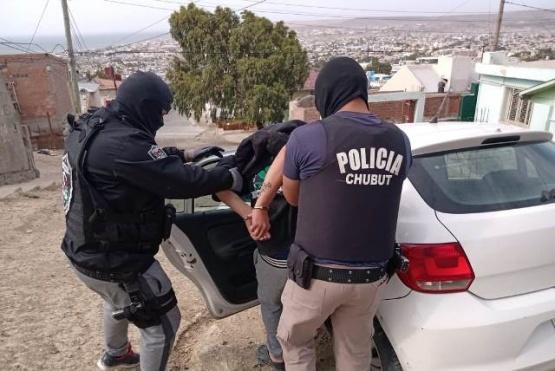Comodoro Rivadavia| Detienen a un joven de 18 años por el robo y golpiza a dos abuelos