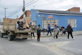 Río Gallegos  Se realizó operativo de limpieza en el Barrio Evita