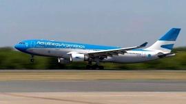 Llega a Moscú el avión de Aerolíneas que traerá las vacunas