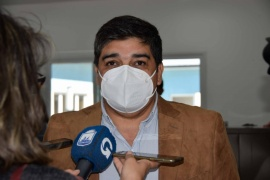 Río Gallegos| El ministro de Salud recorrió el Centro de Vacunación del municipio