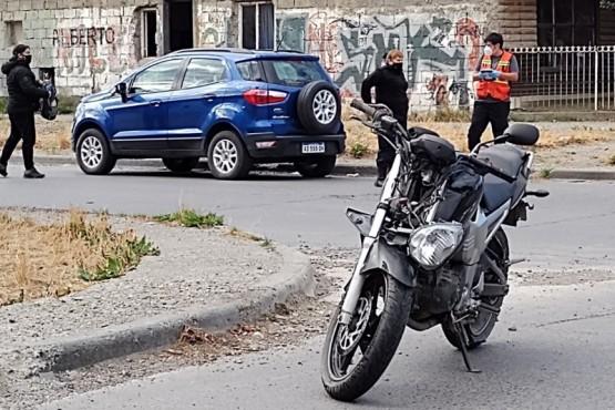 Estado en que terminaron los rodados en calle Vélez Sarsfield. (Foto: C.G.)