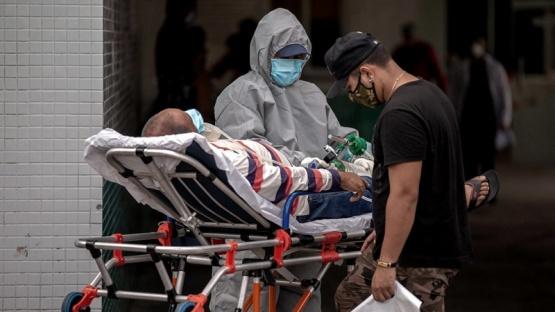 Venezuela envía tubos de oxígeno a Manaos