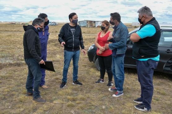 Río Gallegos| Intendente junto a SPSE visitó vecinos del Barrio Ayres Argentinos
