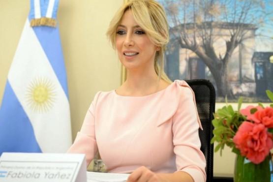 Fabiola Yáñez cruzó a opositores en Instagram tras una foto polémica