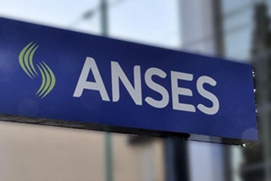 La ANSES informa que se abonan jubilaciones, pensiones, Asignación Universal por Hijo, por Embarazo y Asignaciones Familiares.