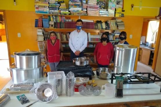 Comedor del Barrio Malvinas recibió donación de la Fundación del Banco Nación