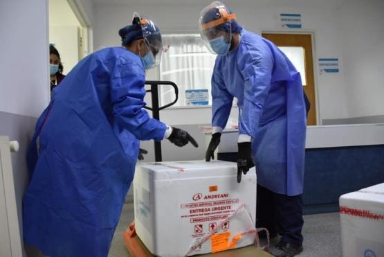 Llegaron a Santa Cruz las 1000 dosis complementarias de la vacuna Sputnik V