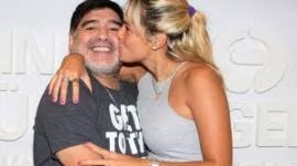 La familia Maradona descubrió que Rocio usó una tarjeta de Diego después de su muerte