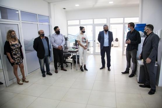 Santa Cruz| Pusierojn en funciones al nuevo presidente de IDUV