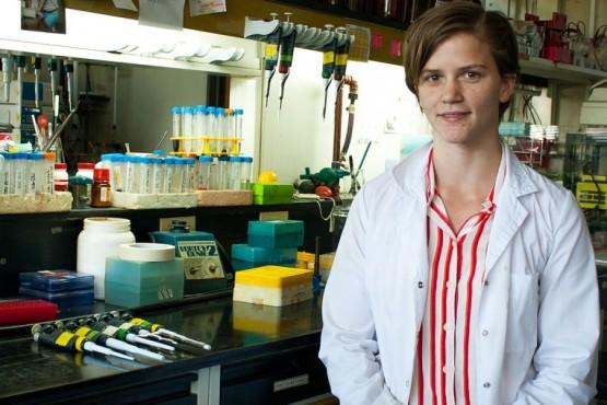 Santa Cruz| Joven científica participa de la búsqueda de anticuerpos COVID en el Instituto Leloir