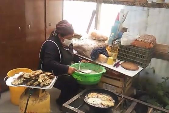Río Gallegos| Cocinan 200 porciones para el barrio y necesitan colaboración
