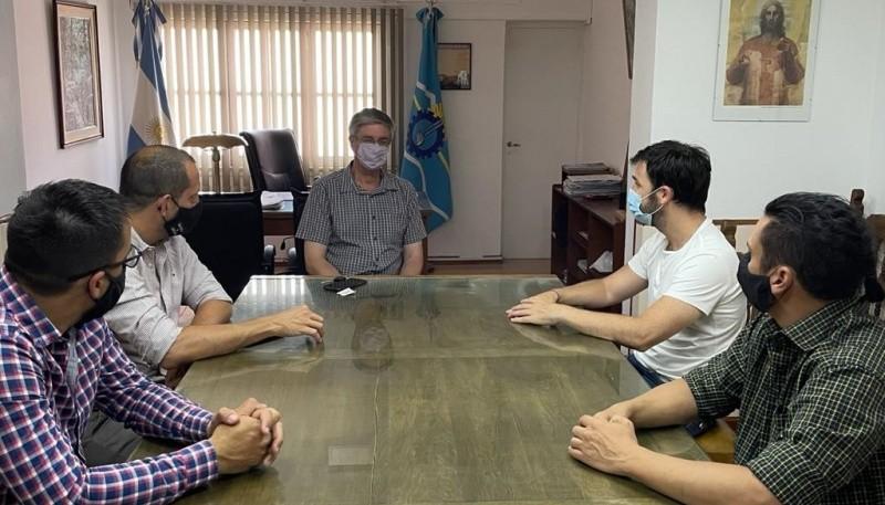 Chubut  Torres con Ongarato en Esquel