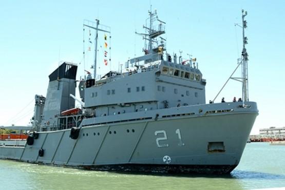 La Armada despliega al ARA Puerto Argentino para dar apoyo en la Antártida
