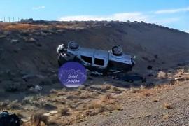Iban a El Chaltén y volcaron: un muerto y dos hospitalizados