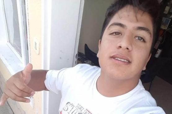 Buscan a un joven de 26 años de Caleta Cordova