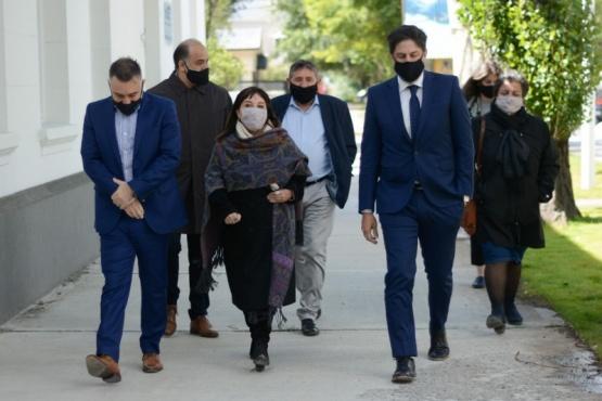 El Ministro junto a la Presidenta del Consejo de Educación.