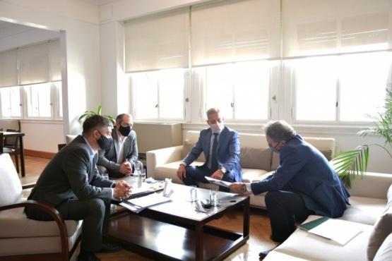 Chubut  Arcioni se reunió con Katopodis y gestionó más obras