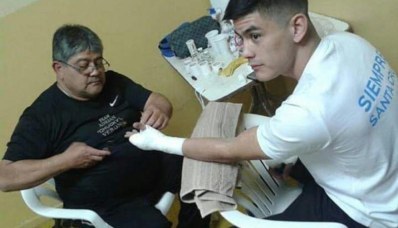 Roberto Verón junto a su hijo Adrián.