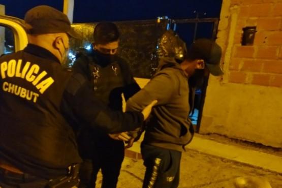 Detienen a un joven de 17 años intentando robar una moto