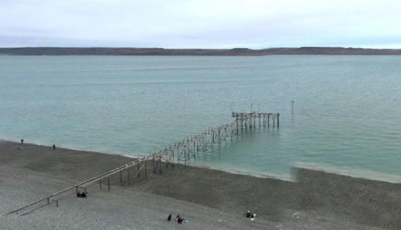 Pescadores rescataron a una mujer de la ría