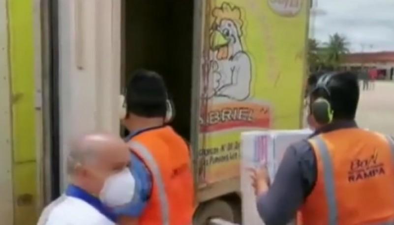 Trasladaron dosis de la vacuna rusa en un camión frigorífico de pollos