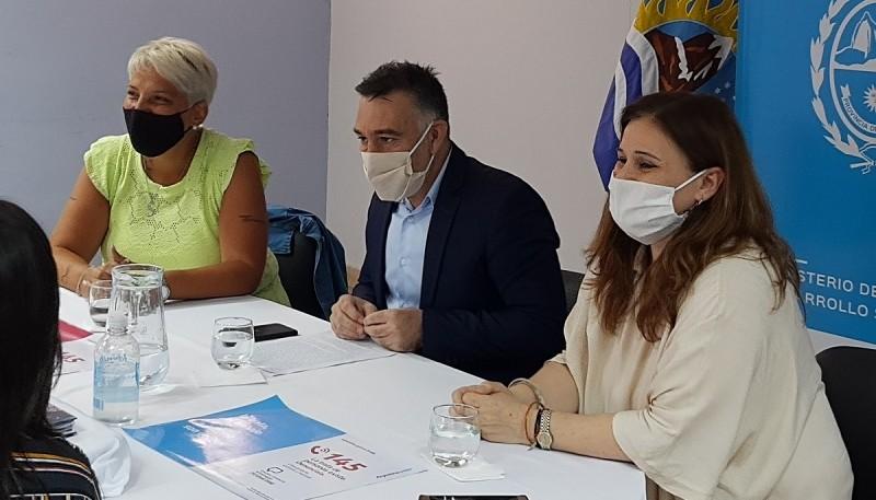 Fue encabezada por el Jefe de Gabinete, Paola Vessvessian y Silvia Pecci.