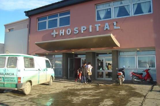 El herido fue asistido en el Hospital de Caleta Olivia.