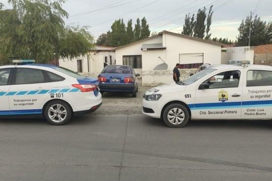 Vivienda allanada por la policía en la ciudad de Piedra Buena.