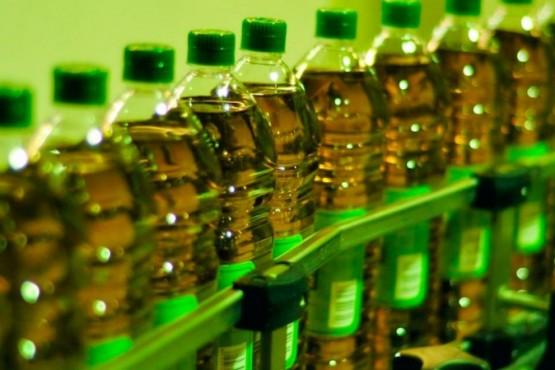 Buscan regular el precio del aceite en el mercado interno.