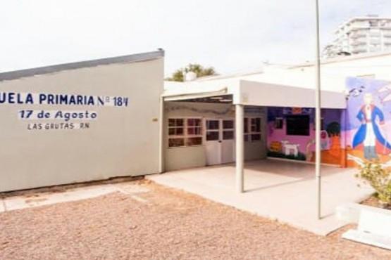 Una docente de Las Grutas fue a trabajar sin el alta por COVID y tuvieron que aislar a toda la escuela