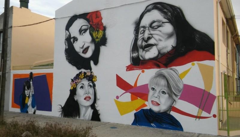 El mural en proceso.