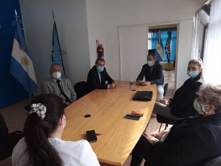 Autoridades reunidas.
