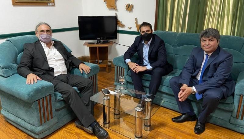 Cavaco se reunió con el ministro Basterra en Comodoro Rivadavia