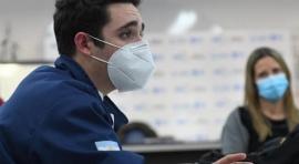 El médico trucho suma denuncias: indicó fumar marihuana a un paciente con Covid
