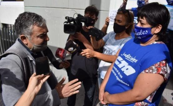 Fuerte cruce entre Judiciales y Pagliaroni