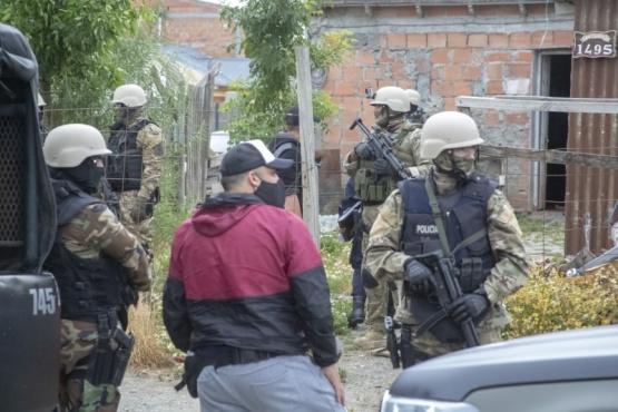 El personal de las Fuerzas Especiales custodió el ingreso. (Foto: C.G.)