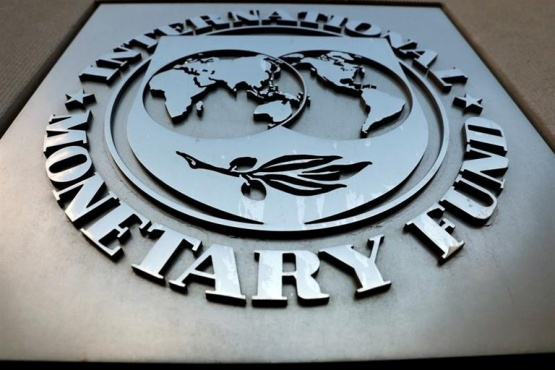 Gobierno analiza pedir un plazo mayor a los 10 años para devolver el préstamo al FMI