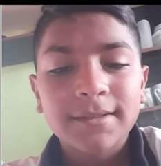 Él es Salinas Thiago Pablo Agustín, de 13 años de edad.
