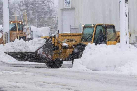 26 muertos y más de tres millones de personas sin servicio eléctrico por tormentas de nieve