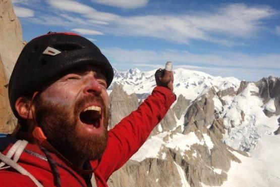 El escalador belga Sean Villanueva O'Driscoll también lo hizo.