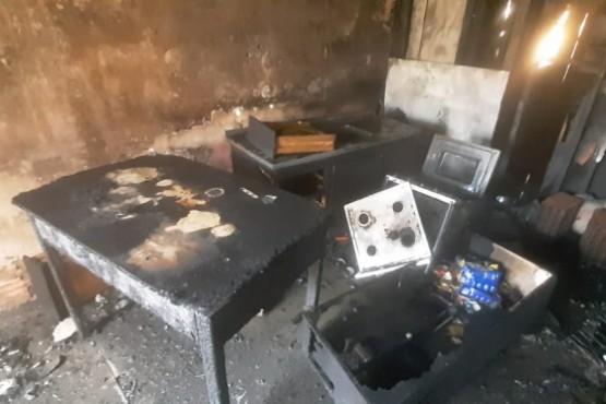 Comodoro   Incendio en una casa: la propietaria denunció a un vecino como sospechoso